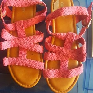 Pink sandals for kids